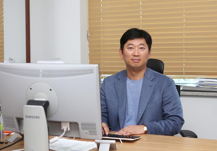 [동국대] 신한승 교수, 식약처 주관 식품안전관리 유공자 정부서훈 포장수상